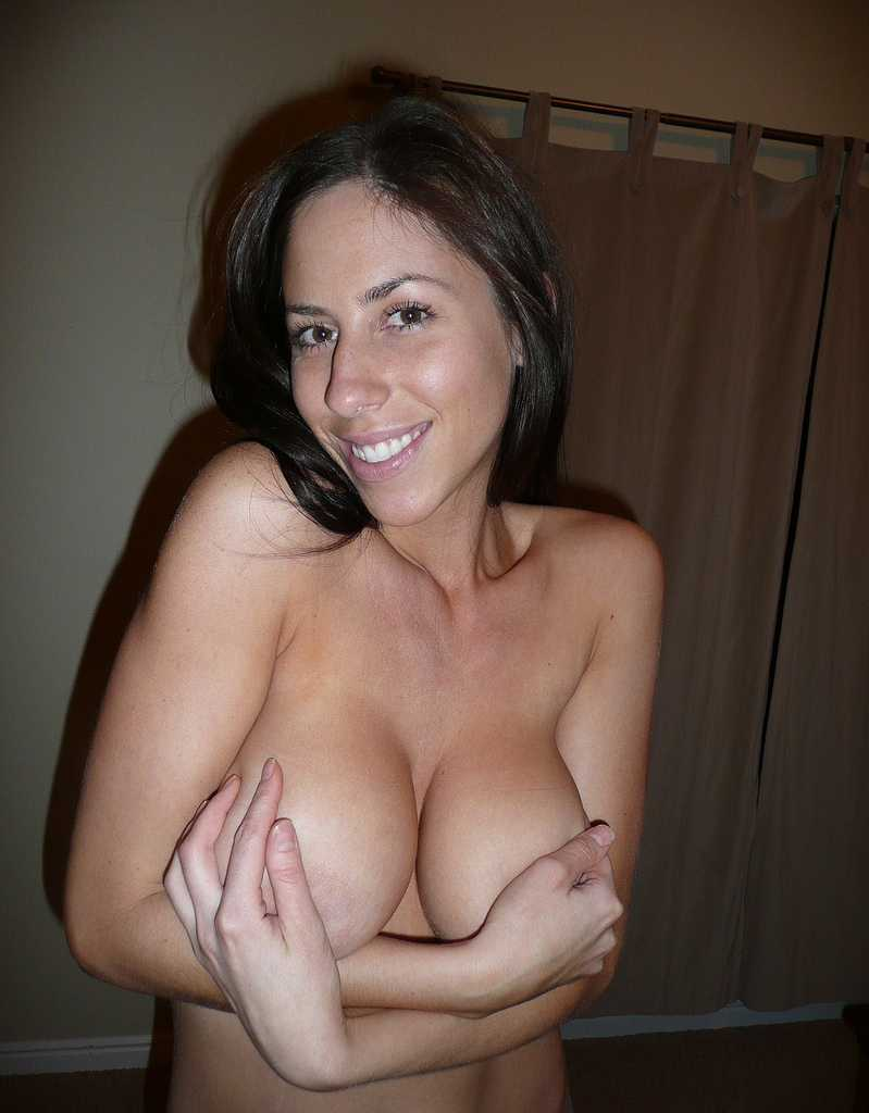 hot milf with large breasts and sexy smile